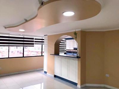 Departamento / 3 Dormitorios / Norte De Quito
