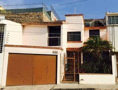 Residencia Con Excelente Ubicación Y Vista De La Ciudad