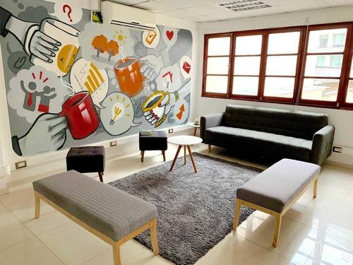 Preciosa Y Moderna Oficina - Santa Lucía / Huérfanos