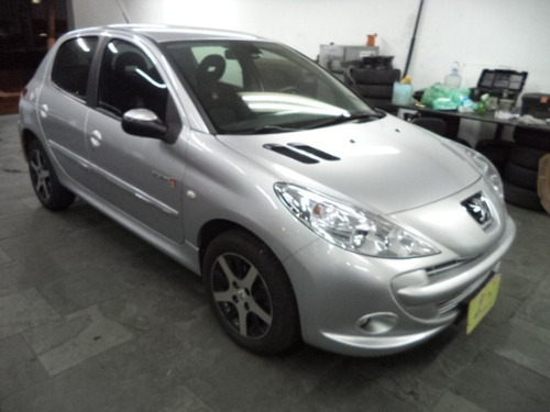 Peugeot 207 Quiksilver 1.6 16v Flex 5p Completo 2012 Prata