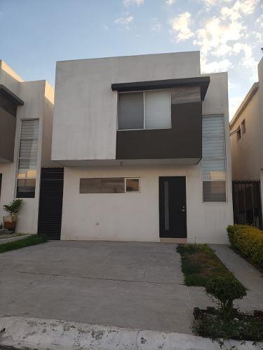 Casa En Renta Cumbres Andara Monterrey
