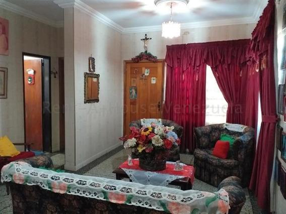 04145725250 Cod-20-9269 Casa En Venta Sector Bobare