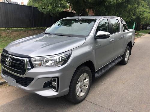 Toyota Hilux 2019 2.7 D.cab. Srv 4x4