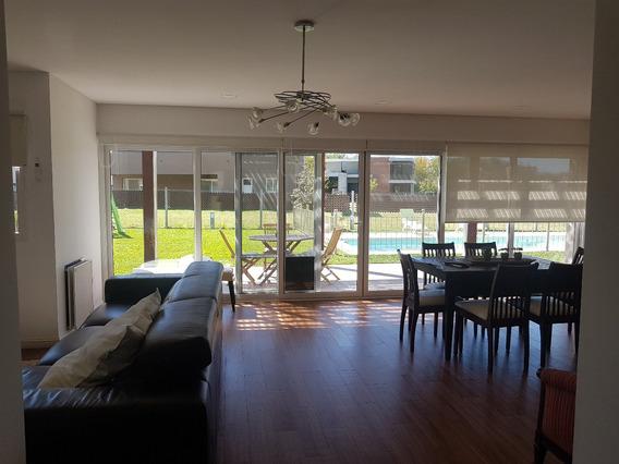 Hermosa Casa 5 Ambientes Con Pileta