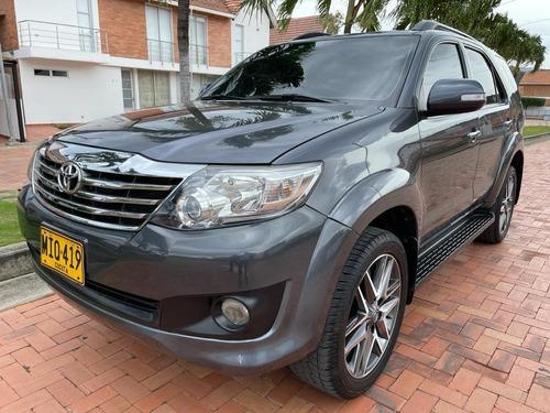 Toyota Fortuner 2013 2.7l 4x2