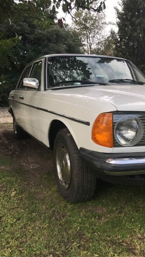 Mercedes-benz 300 Modelo 123 Año 80  ( Un Clásico )