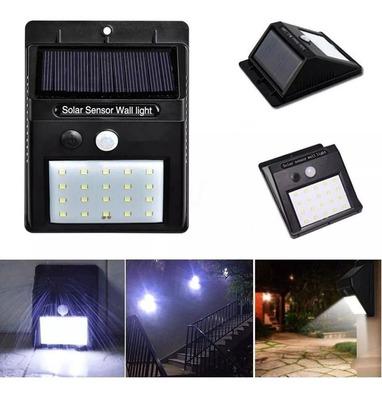 Luminária Com Carregamento Solar
