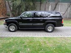 Chevrolet Suburban 8.1 G 8 Birlos 4x4 2000 (impecable)