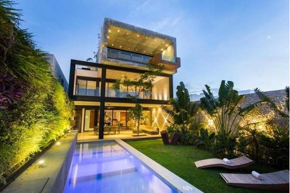 Casa En Venta En Mérida-lujo Y Diseño-temozón Norte