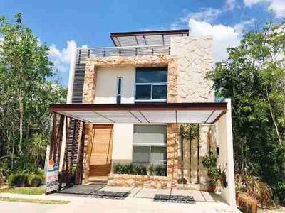 Casa En Renta Sin Amueblar En Residencial Aqua, Cancún