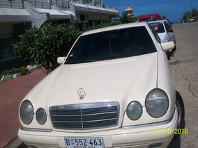 Mercedes Benz Clase E300 Elegance Plus Us 16.000 O Permuto