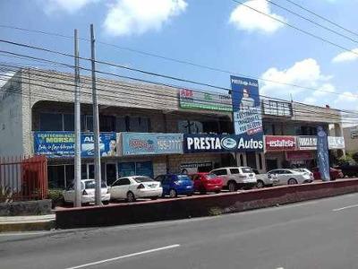 Renta De Local Comerical En Querétaro, En Plaza Sobre Bernardo Quintana 60.5m2