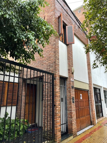 Imagen 1 de 20 de Casa En Venta En La Plata