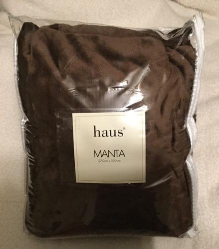 Manta Térmica, Marca Haus, Color Café, Nueva.