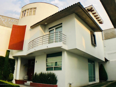 Casa En Renta En Abdias Garcia Soto, Cuajimalpa De Morelos, Rah-mx-20-1824