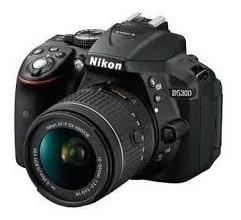 Nikon D5300 (lentes:18-35 E 50mm)+ Microfone+bateria Extra