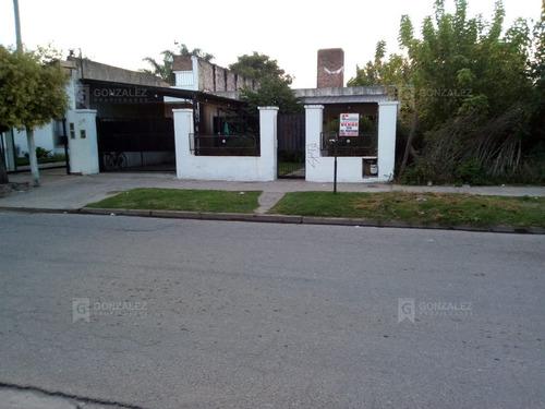 Imagen 1 de 10 de Casa  En Venta Ubicado En Tropiano, Pilar Y Alrededores