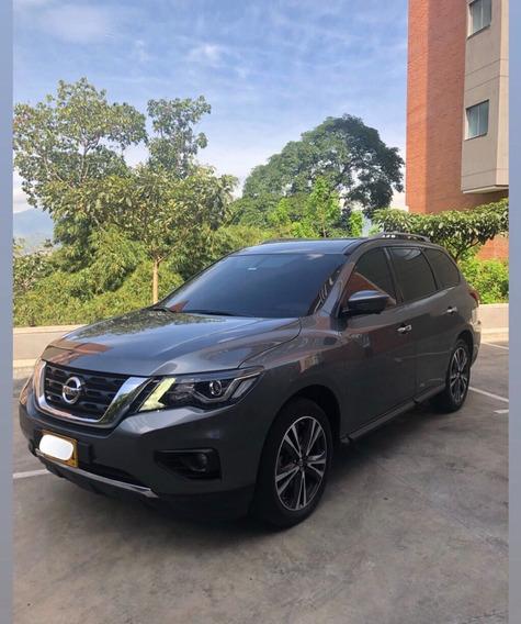 Nissan Pathfinder 4x4 At. Exclusive 7 Puestos 2018