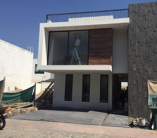 Casa Nueva En Venta En Solares De 4 Recámaras En Zapopan En Paseo Del Anochecer
