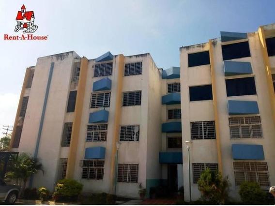 Apartamento En Venta La Morita- Maracay 20-9723 Hcc