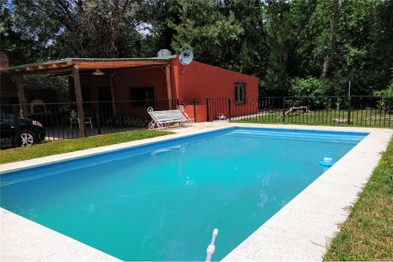Venta De 2 Casas Quinta C/ Pileta El Pato