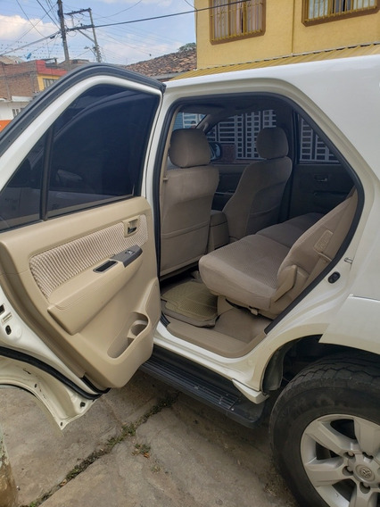 Toyota Fortuner Urbana Impecable