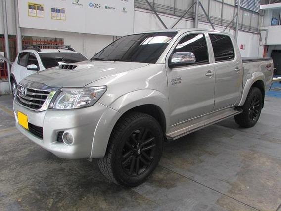 Toyota Hilux Vigo 3000cc 4x4