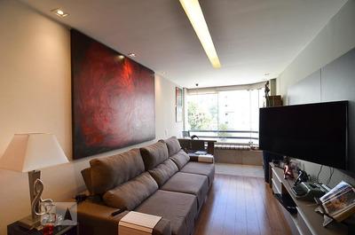 Apartamento No 2º Andar Mobiliado Com 2 Dormitórios E 2 Garagens - Id: 892935723 - 235723