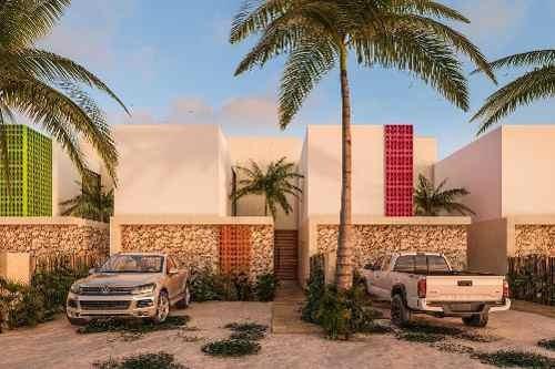 Villa En Venta En Chicxulub Puerto Cv-5690