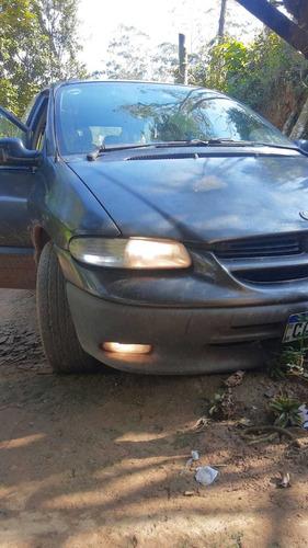 Chrysler Caravan 1998 3.3 Le 5p