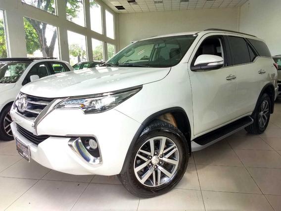 Toyota Hilux Sw4 Srx 4x4 2.8 Tdi 16v Diesel Aut. 2017