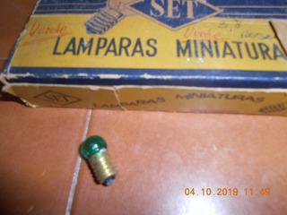 Lamparita A Rosca Literna Color Verde 3,8 Volts