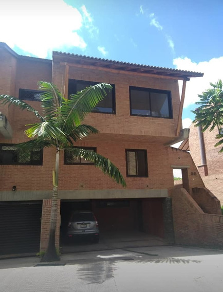 Se Vende Casa 278m2 3h+s/3b+s/6p Alto Hatillo