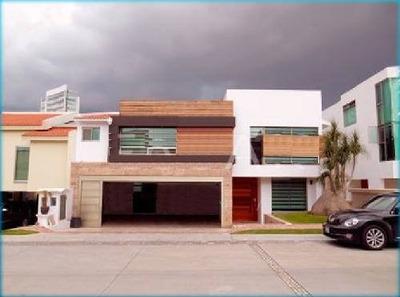Venta De Espectacular Casa En La Vista Country Club!! Frente Al Hoyo 6, 5 Recamaras, Sala Cine!!