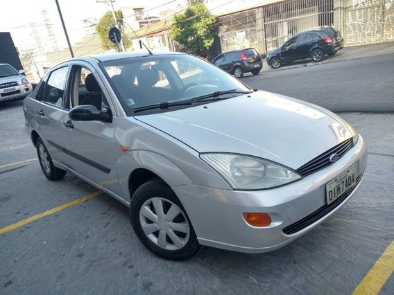 Ford Focus 2.0 Glx Sedan Completo 2003