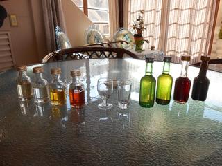 Lote Com 8 Miniaturas De Bebidas + Copinho E Tacinha