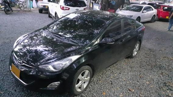 Hyundai Elantra I35 Motor 1.8 2012 Negro 4 Puertas