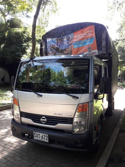 Nissan Camion, Cabstar, Estacas, Doble Cabina