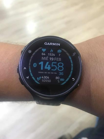 Smartwatch Garmin Forerunner 235