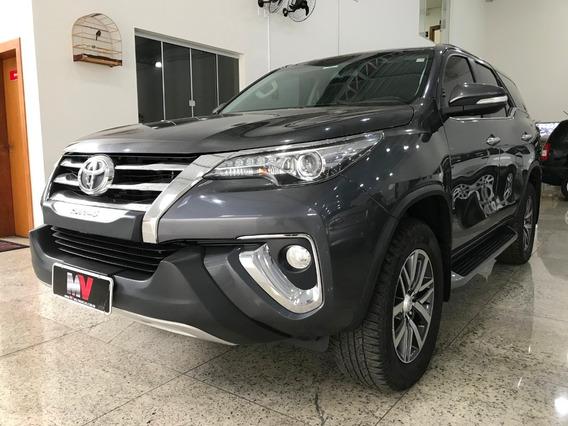 Toyota Hilux Sw4 2.8 4x4 Srx
