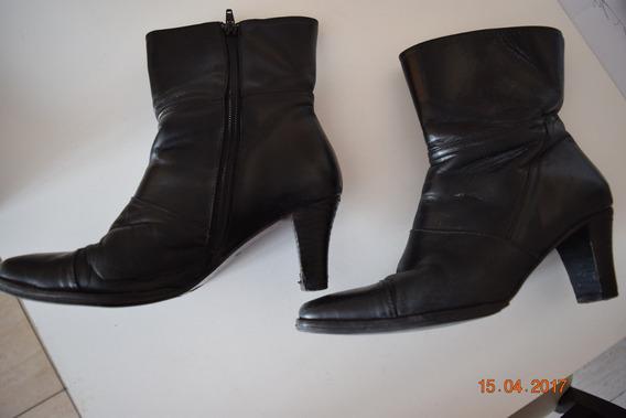 Botas Lucerna Negras N°37 Con Suela Febo