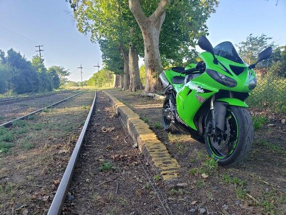 Kawasaki Ninja Zx10r - No R1, No Cbr, No Gsxr