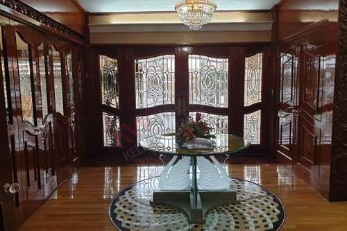 Venta De Casa Luxury Con Alberca En Frac. Residencial Bosques De La Calera Ideal Para Los Amantes De La Naturaleza Y El Lujo