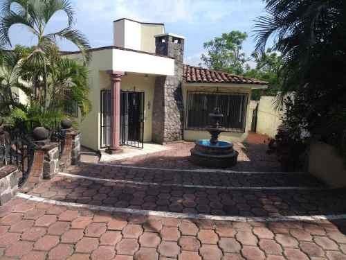 Casa En Renta Privada De La Rosa, Lomas De Cuernavaca