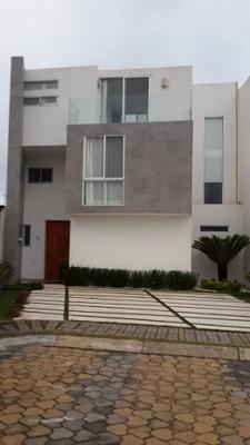 Egs - Venta Casa En Esquina Lomas De Angelópolis