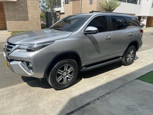 Toyota Fortuner 2018 2.7l Mid
