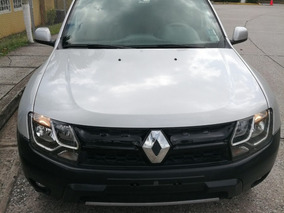 Renault Duster Gris