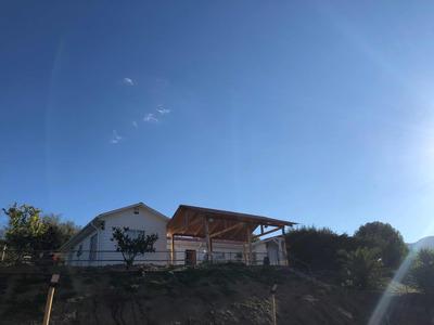 Se Vende Parcela Con Casa. Condominio Las Lomas De Curacaví