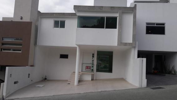 Rcr9737, Fraccionamiento Viladeco, Rincon De Bellavista, Casa En Renta