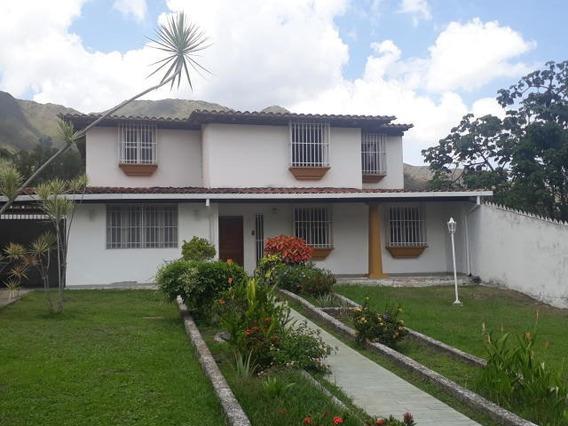Casa De 295mts2 En Maracay Gbf20-6811